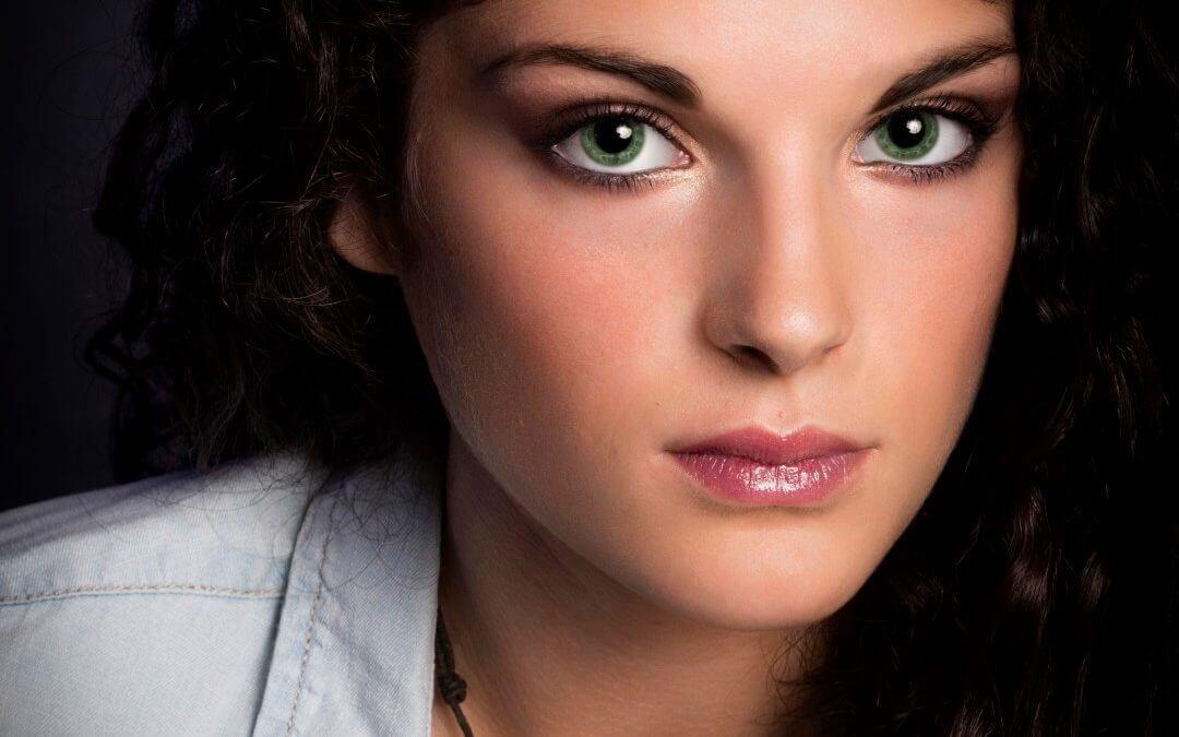 Model Gwendolyn